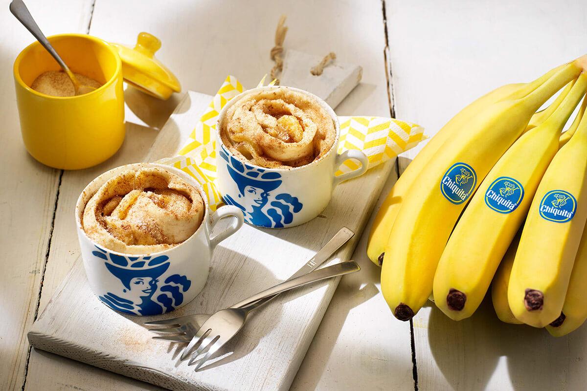 Ρολάκια κανέλας με μπανάνα Chiquita σε κούπα