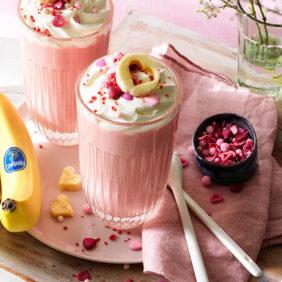 Ζεστή ροζ σοκολάτα με μπανάνα Chiquita για την ημέρα του Αγίου Βαλεντίνου| Chiquita Συνταγές