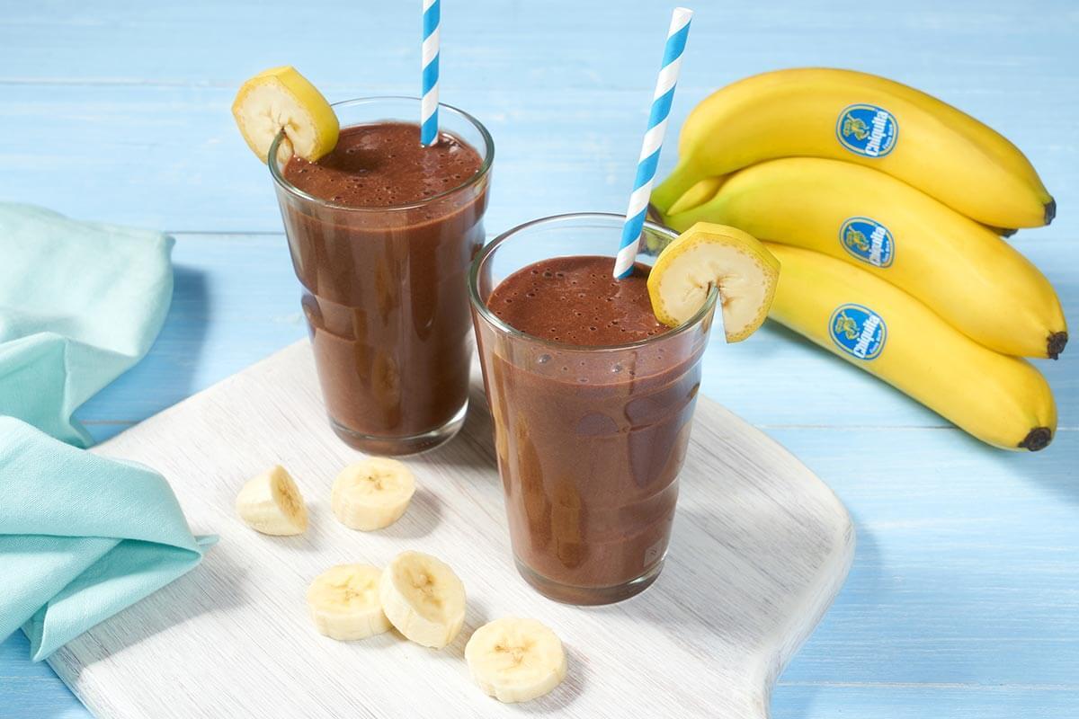 Γρήγορο shake με διπλή σοκολάτα και μπανάνα Chiquita