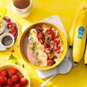 Θρεπτικό Vegan Smoothie με Φράουλα, Μπανάνα Chiquita και Πρωτεΐνη σε Μπολ