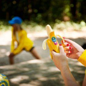 Η Chiquita τρελαίνεται για δρομείς και ποδηλάτες