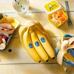 Υγιεινά σνακ για παιδιά Δεν υπάρχει πιο υγιεινό σνακ για τα παιδιά από την μπανάνα Chiquita!