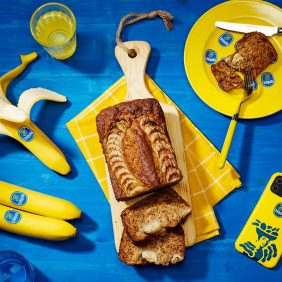 Εύκολο vegan banana bread  από την Chiquita