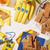 Ενεργειακές μπάρες με μπανάνα και αμύγδαλο για πριν από τη γυμναστική από την Chiquita